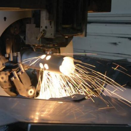 Laser cutting of tubes